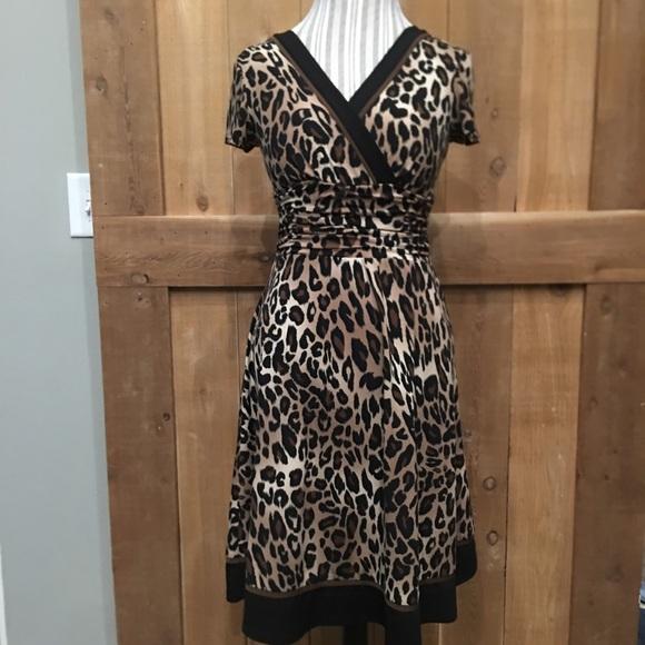 Sandra Darren Dresses & Skirts - Sandra Darren Leopard Swing Dress EUC Size 8P
